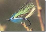 Disse fluer, som Per har bundet, har bevist, at de kan fange laks i Skjern Å.