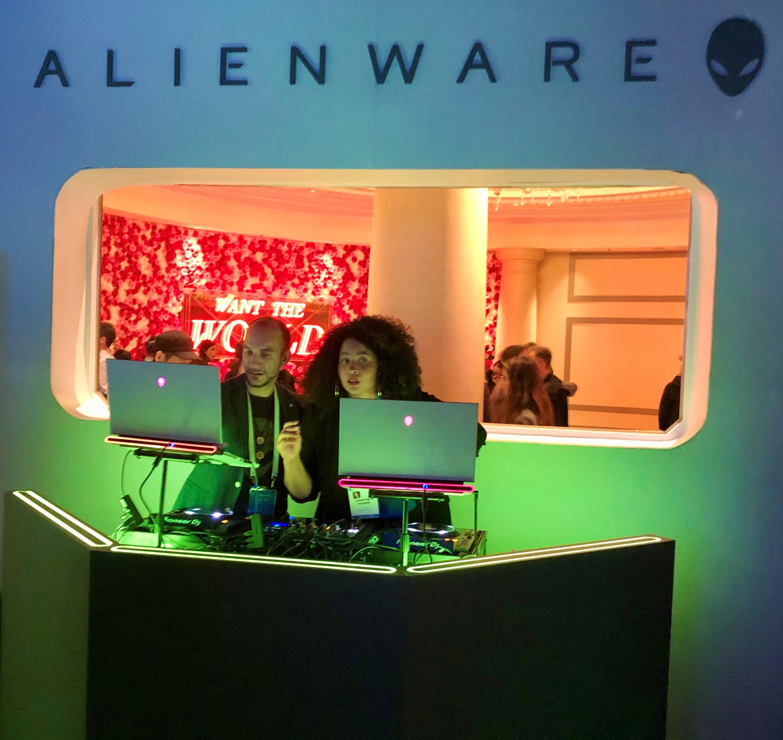 Dell-CES-2020-Alienware-DJ
