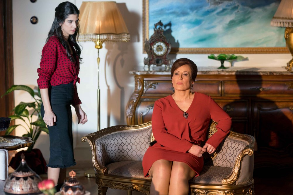"""مسلسل """"عروس بيروت"""""""