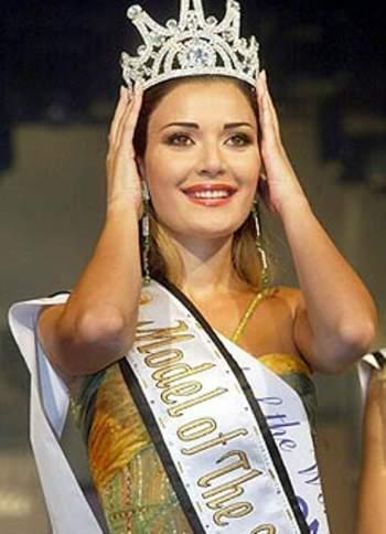 سيرين عبد النور بتاج ملكة جمال