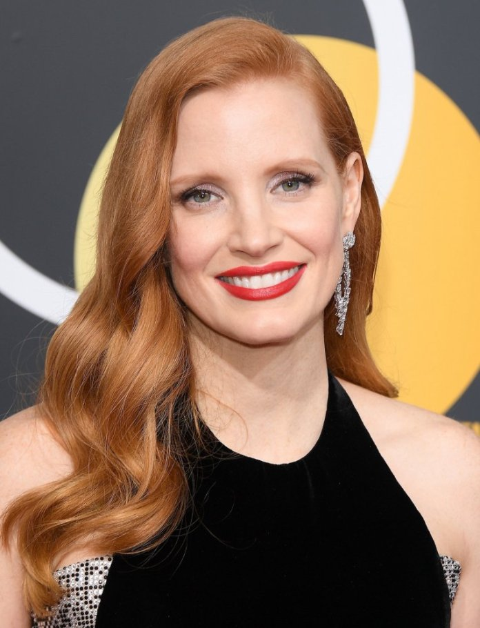 Get inspired by Jessica Chastain for your aesthetic look