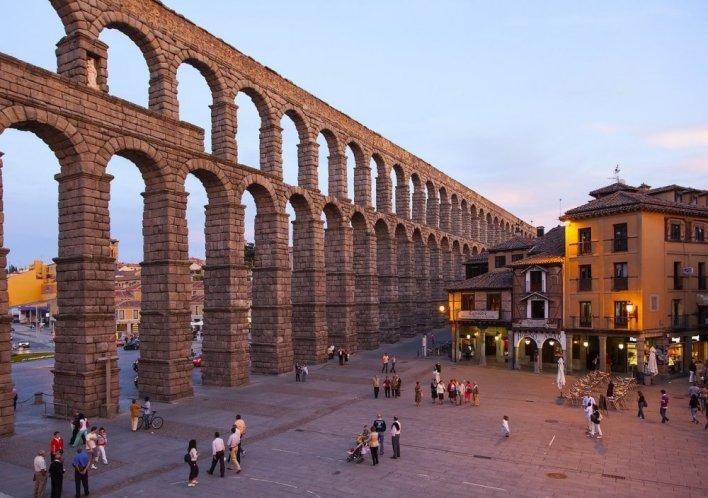 أفضل 10 اماكن سياحية في اسبانيا - مجلة هي