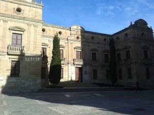 Palacio Episcopal de Salamanca, sede del Archivo Diocesano de Salamanca, 30 de abril de 2015.