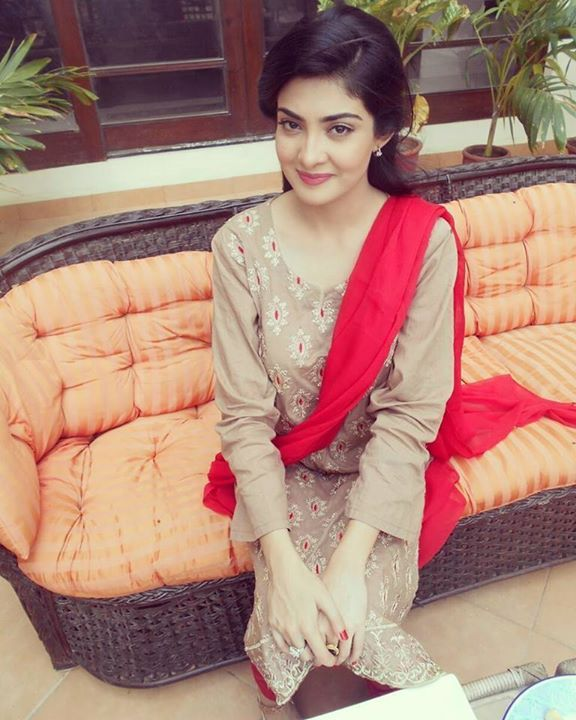 Aleezay Tahir Pakistani Tv actress
