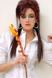 Zara Sheikh Height, Weight, Age, Body Measurement, Bra Size, Husband, DOB