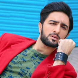 Bilawal Firdous Height, Weight, Age, Body Measurement, Wife, DOB