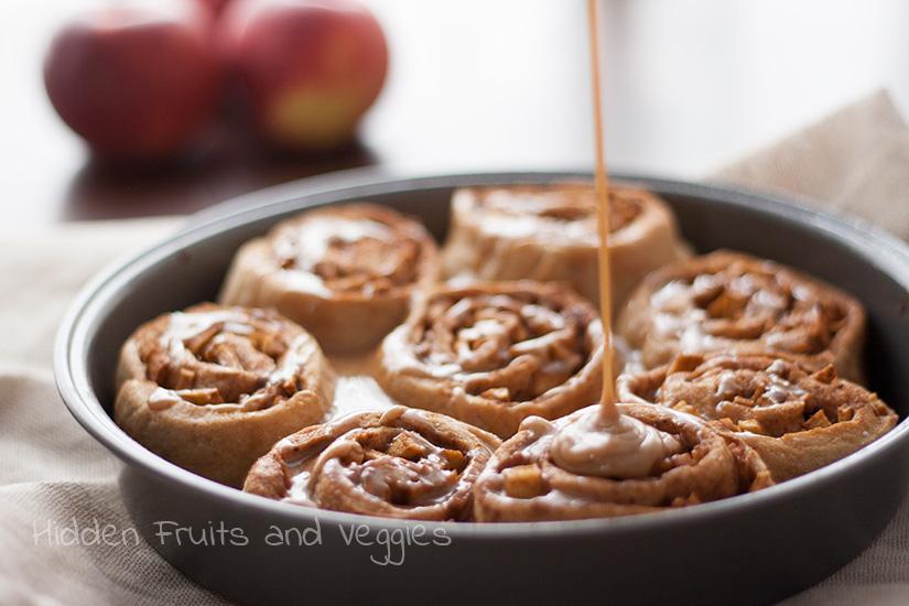 Fat Free, Whole Wheat Apple Pie Cinnamon Rolls