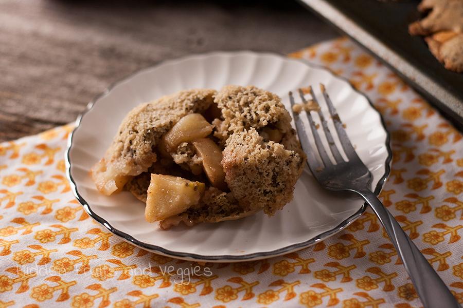 Baked Apple-Stuffed Pancakes @hiddenfruitnveg