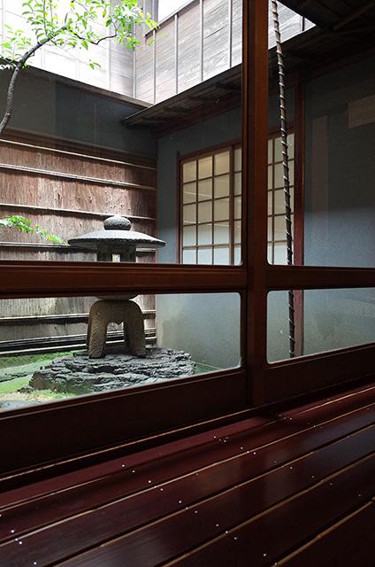 "Teahouse ""Kaika-ro""  Kanazawa Higashi Chaya District  Hidemi Shimura"