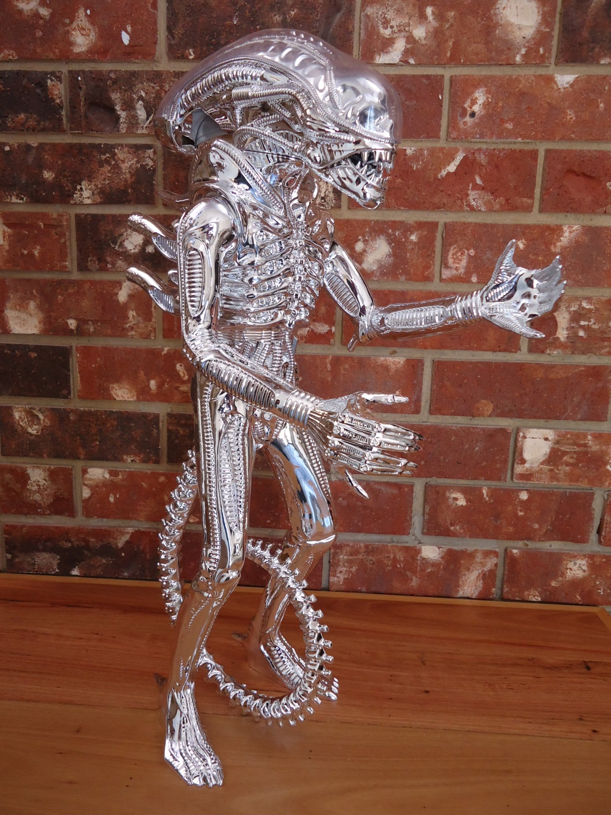 2015 Gentle Giant Silver ALIEN