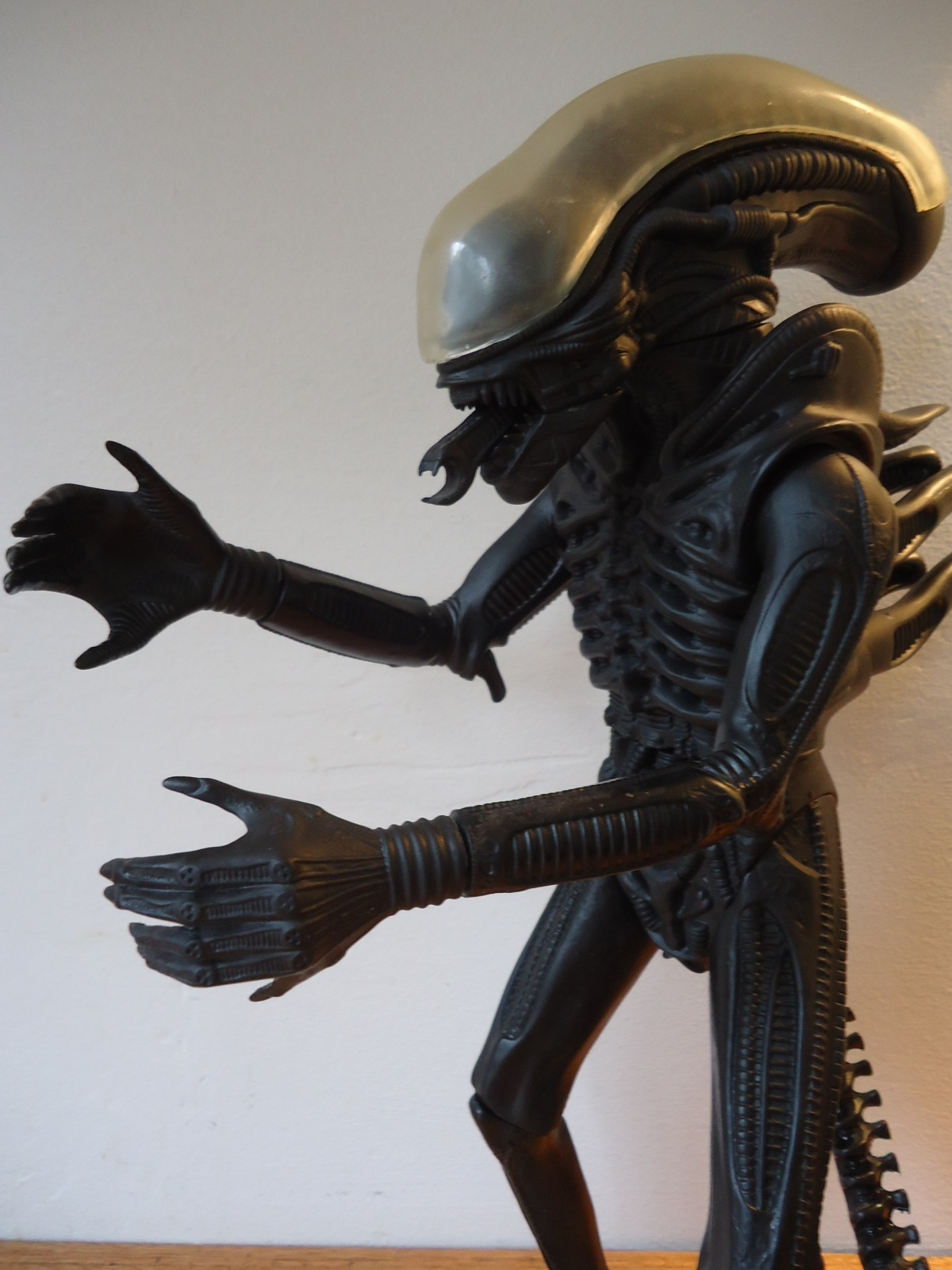 The 1991 Halcyon ALIEN model kit.