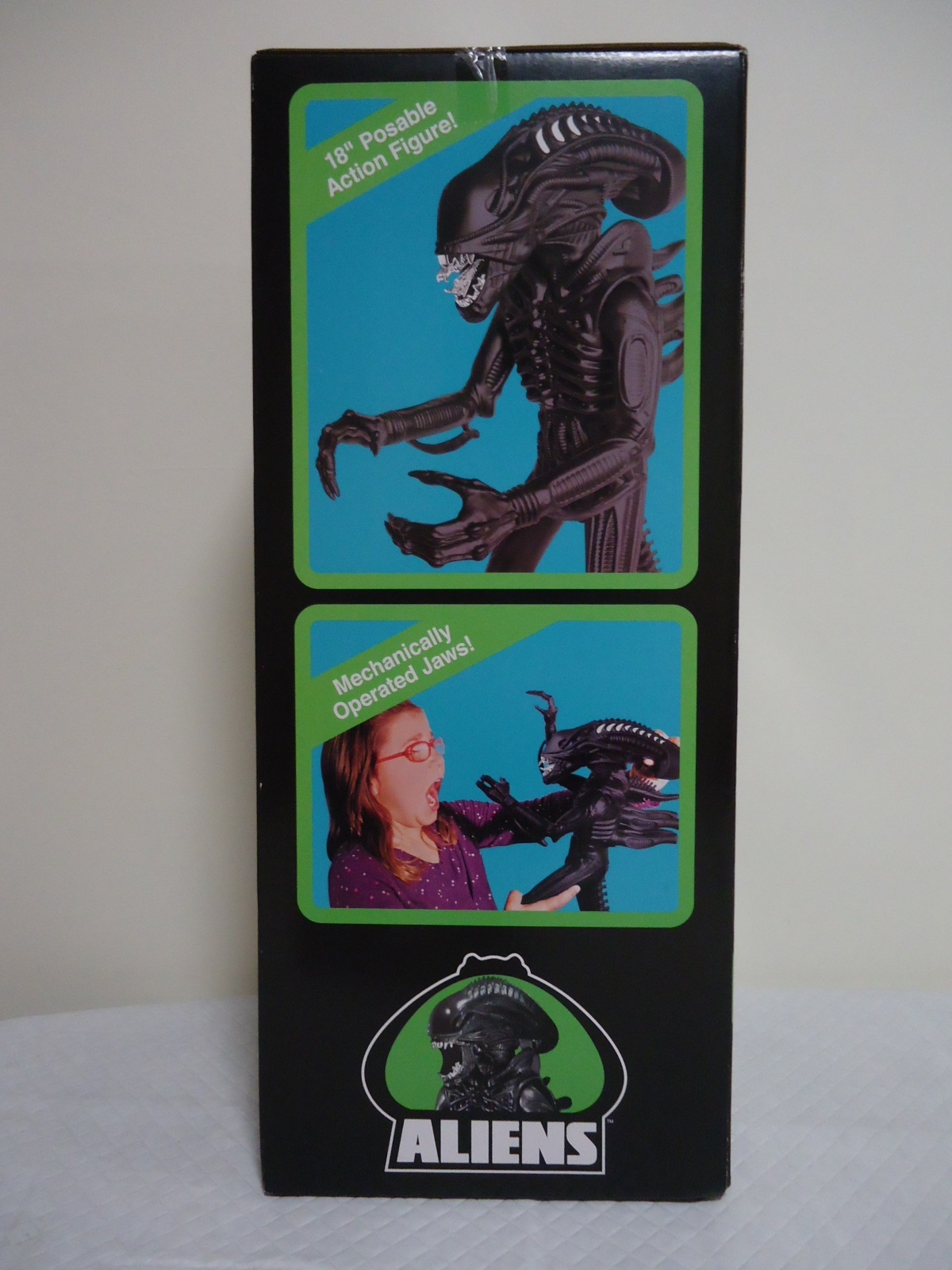 Right Hand Side of the Super 7 1986 'Classic Toy' Edition Box