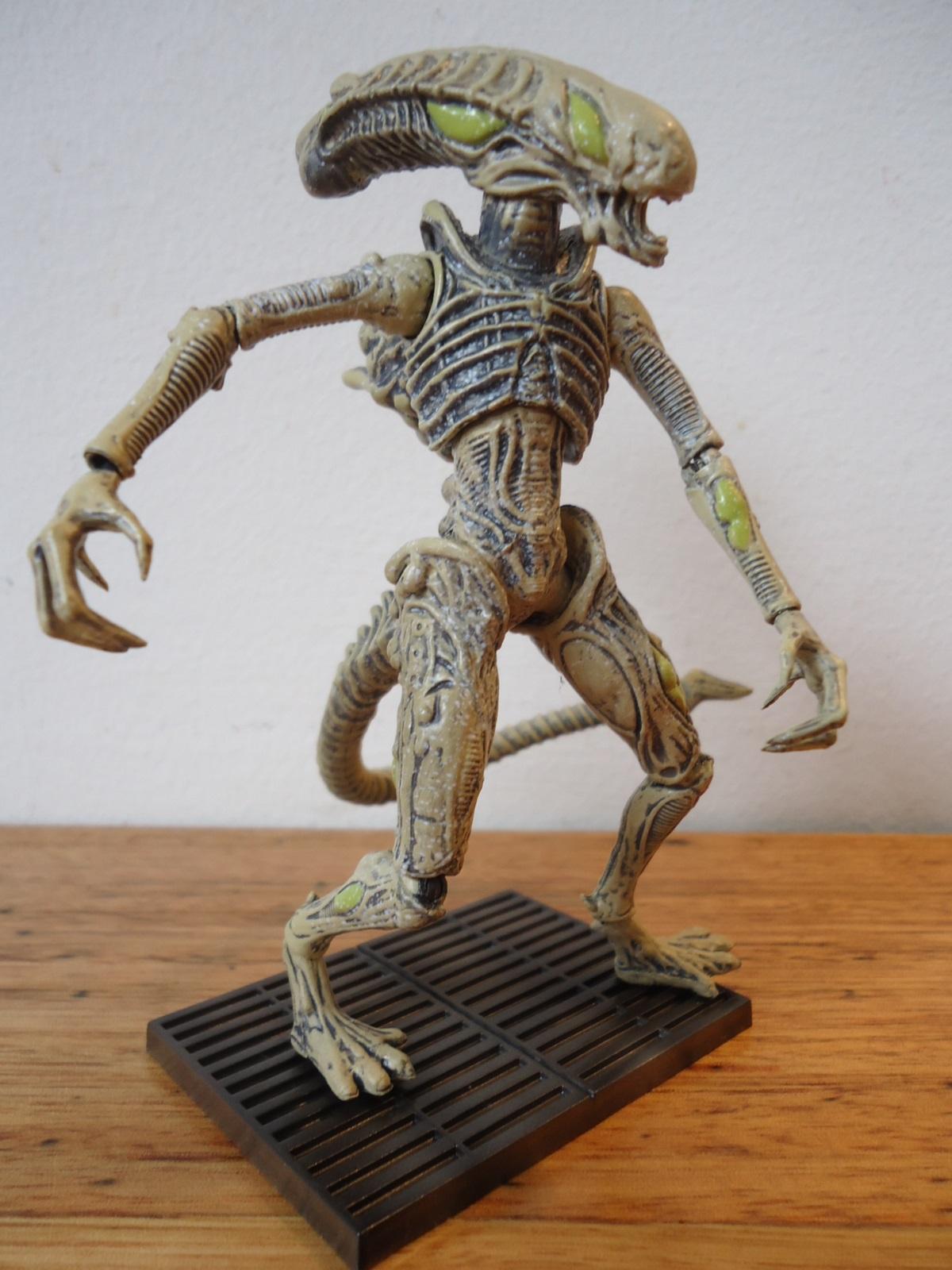 Hiya Xenomorph Boiler Action Figure