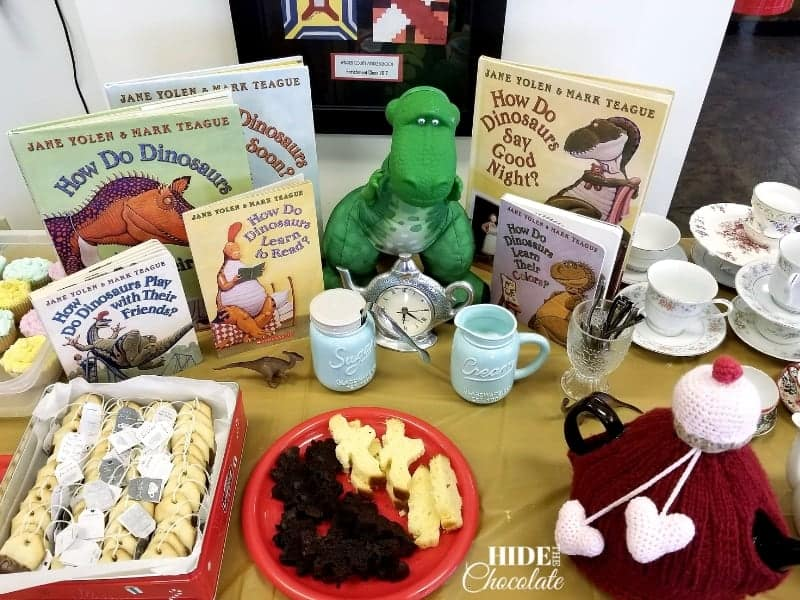 How to Host a Jane Yolen Inspired Poetry Teatime - Decorations