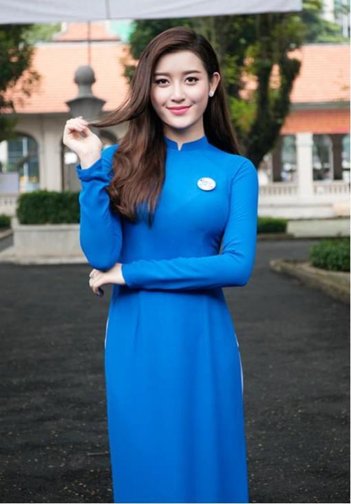 blue white ao dai vietnam chiffon and satin 3