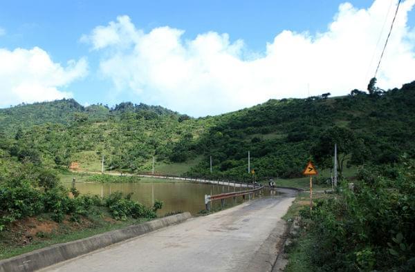 road to suoi giang
