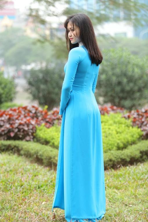 Turquoise Silk Ao Dai Vietnam 4
