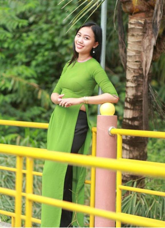 Ao Dai Vietnam Lime Green 2