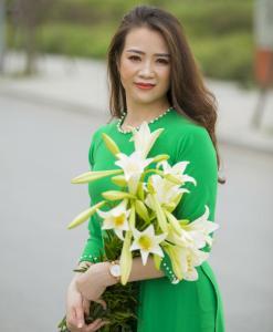 Ao Dai Viet Nam Pearl Neck Decoration
