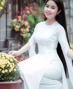 Ao Dai Vietnam manches de clivage 1