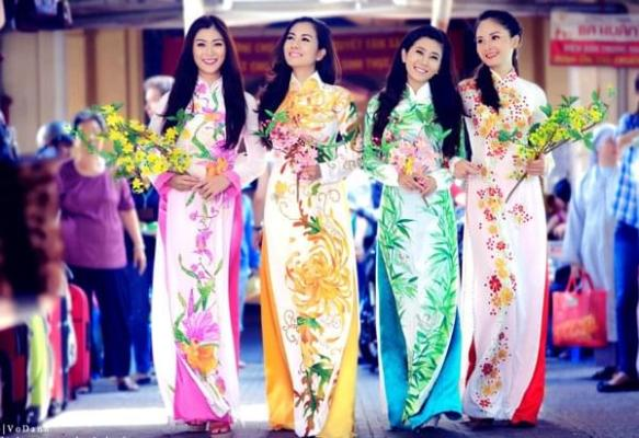 Choose Suitable Ao Dai Fabric
