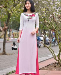 Embroidery floral Ao Dai 3