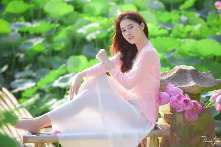 Modern Fashion Ao Yem Vietnam 4