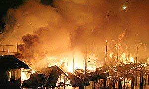 brand in vluchtelingenkamp