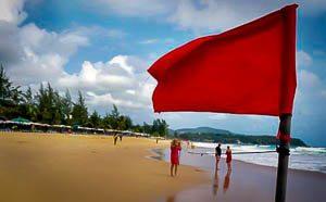 Wat betekenen de vlaggen op de Thaise stranden?