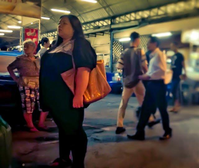 Thai worden steeds dikker.