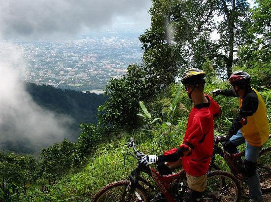 Mountainbiken in Chiang Mai (video)