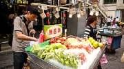 Fruit koop je langs de weg in Thailand