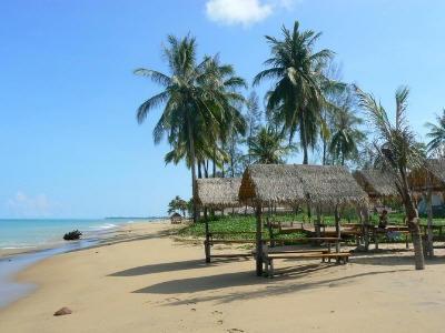 De adembenemende stranden van Phang Nga