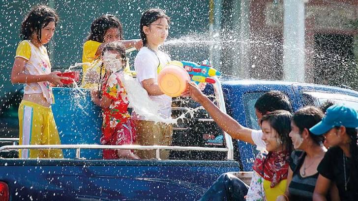 Valt Songkran in het water?