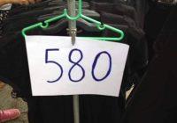 Kledingverkopers in Thailand neigen naar zwartemarktprijzen
