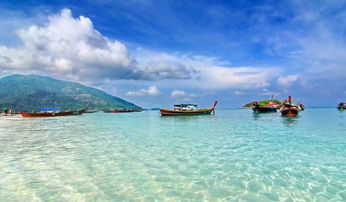 Thaise bestemmingen rond de Andaman Zee dicht