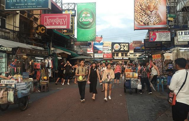 Gids voor Khao San Road: beroemde backpackerplek uitgelegd