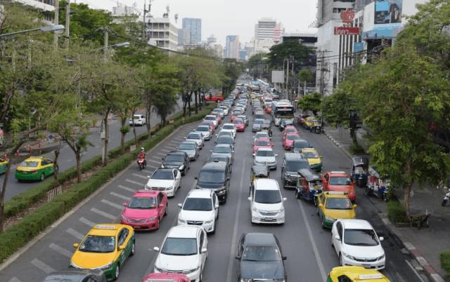 geen geldig rijbewijs in thailand