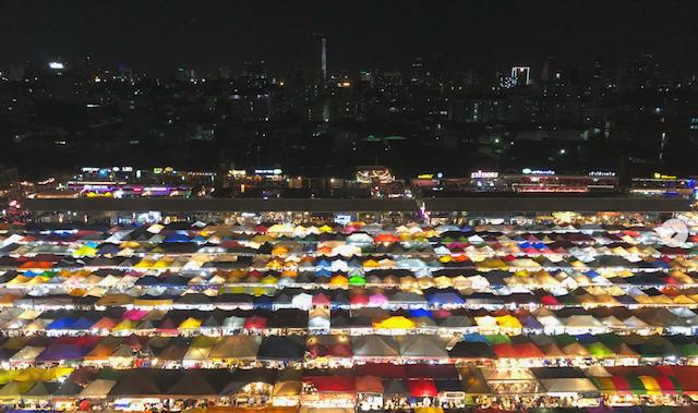 Avondmarkten in Bangkok: waar vind je ze?