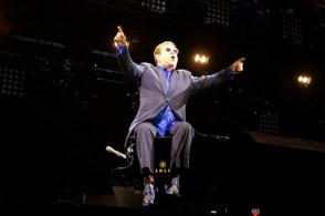 Elton John - Pause Guitare 2016