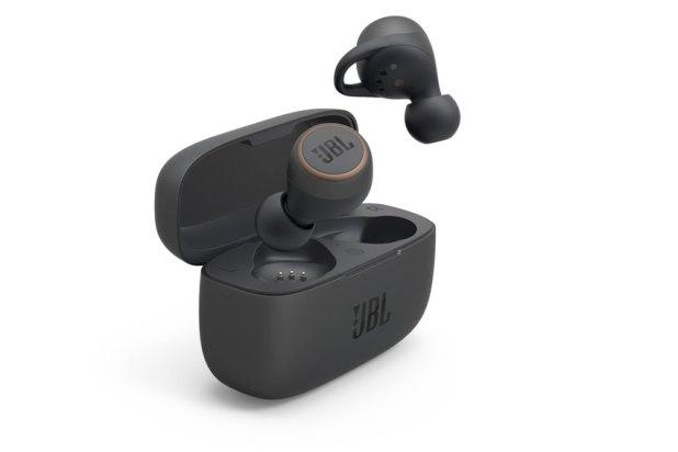 JBL LIVE 300TWS True wireless Headphones 07
