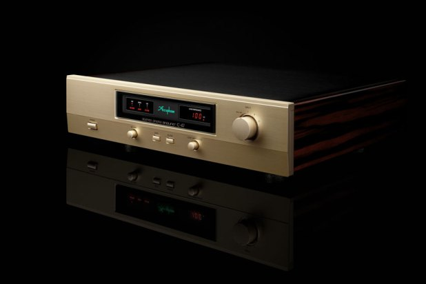 Accuphase C 47 Stereo Phono Amplifier 01