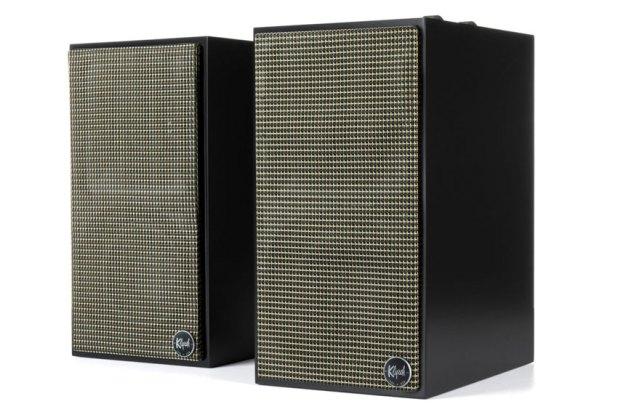 Klipsch The Fives Powered Monitors Active Wireless Speaker 01
