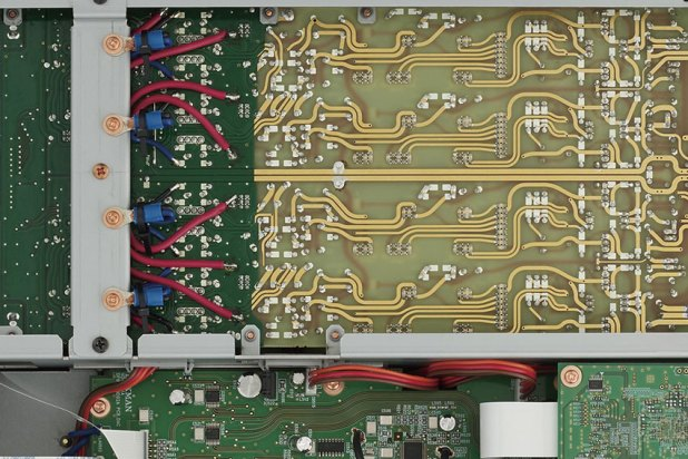 Luxman D 10X Super Audio CD Player 08