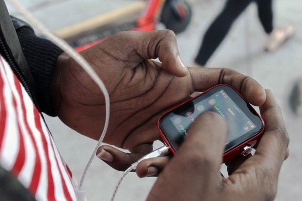 Shanling Q1 Portable HiFi Music Player 09