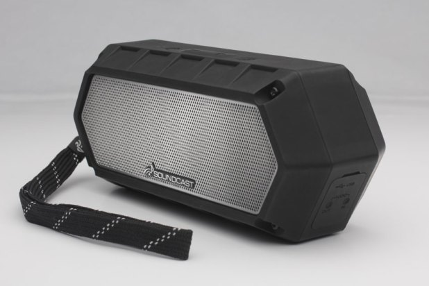 Soundcast VG1 Premium Waterproof Bluetooth Speaker Review 07