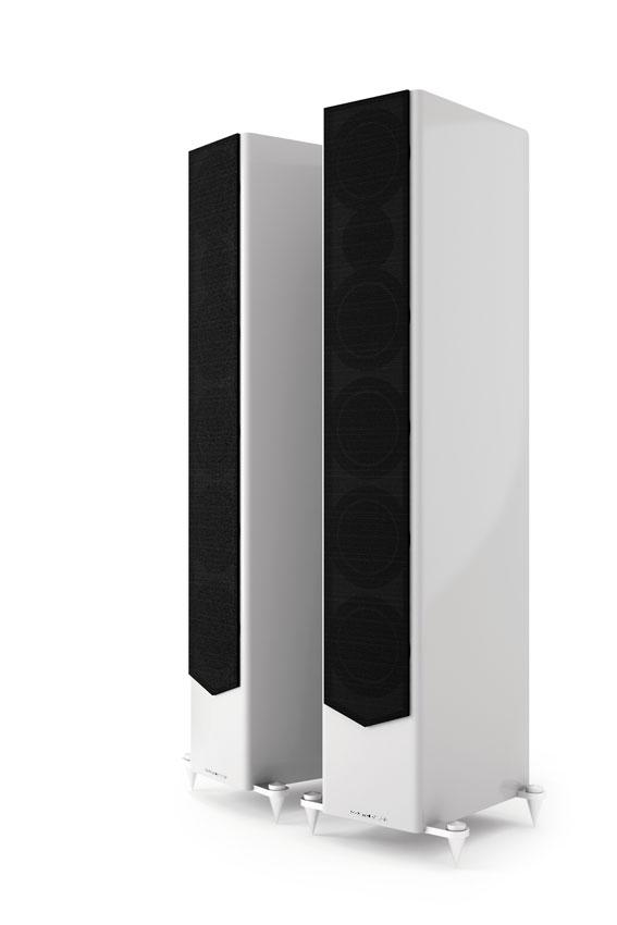 Acoustic Energy AE520 02