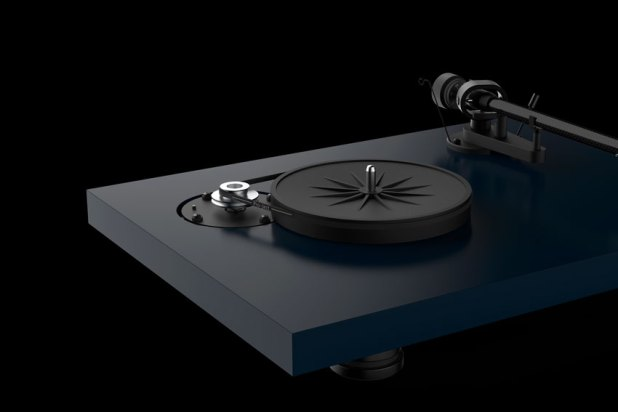 Pro Ject DEBUT Carbon EVO 12