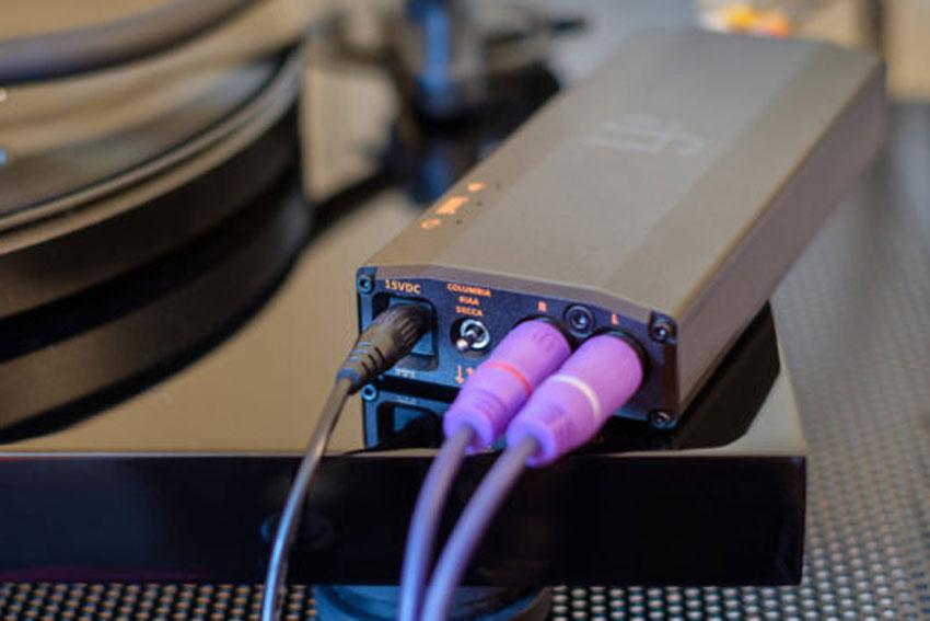 iFi Audio iPhono3 Black Label 04