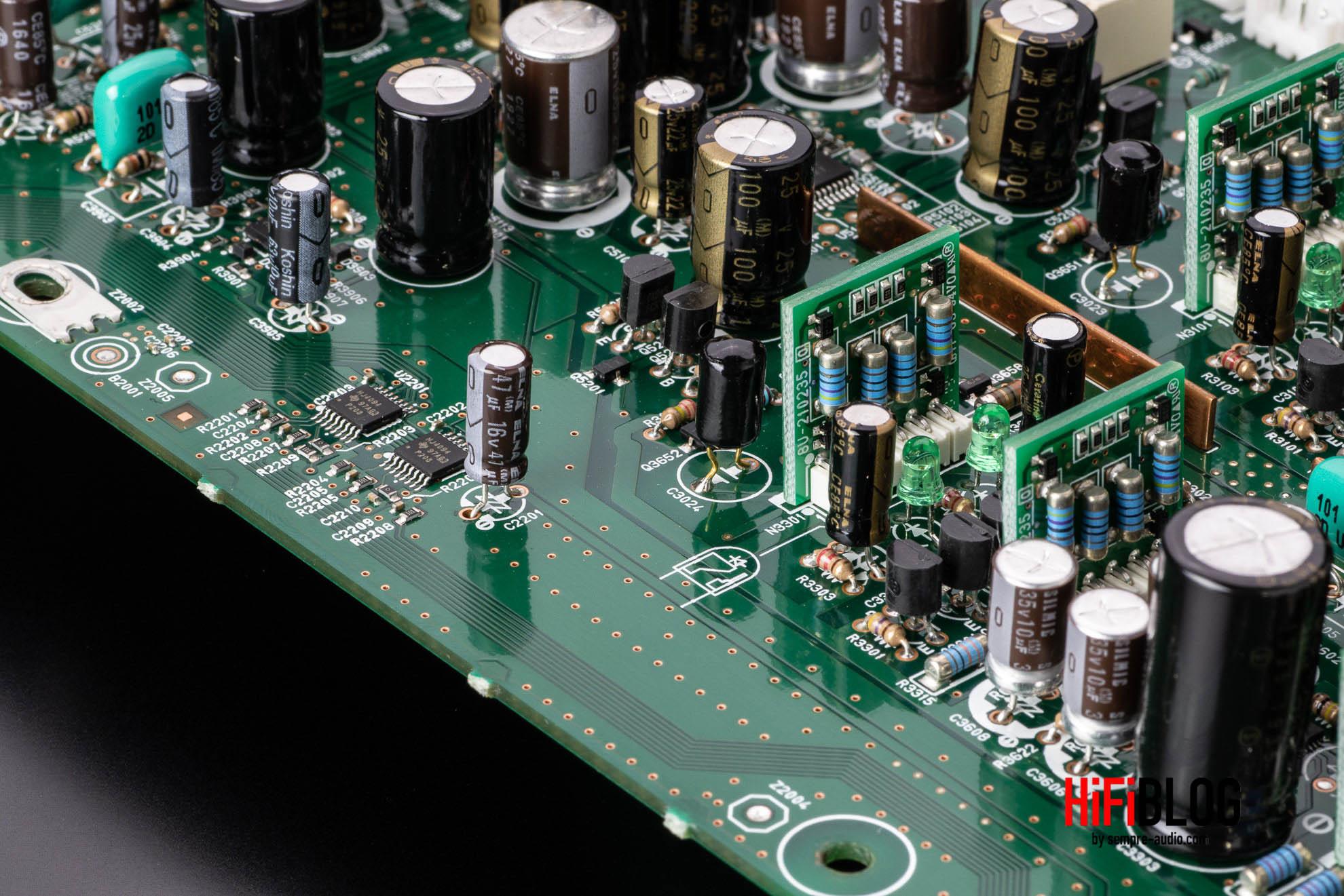 Marantz Model 30 Integrated Amplifier and SACD 30n Network SACD Player 25